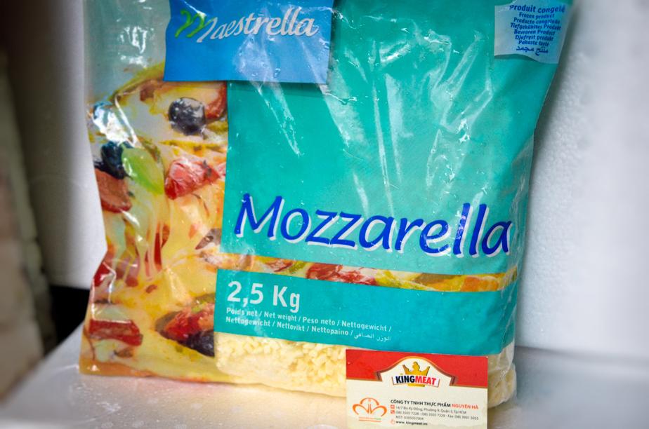 PHÔ MAI CẮT HẠT LỰU MOZZARELLA MAESTRELLA - FRENCH MOZZARELLA DICED MAESTRELLA - GÓI 2,5 KG