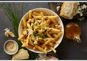 Công thức cho món Cheese & Chive Superfries với Khoai tây McCain cắt thẳng