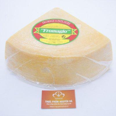 PHÔ MAI PARMESAN - FROMAGIO PARMESAN CHEESE - KHỐI 3.5 KG