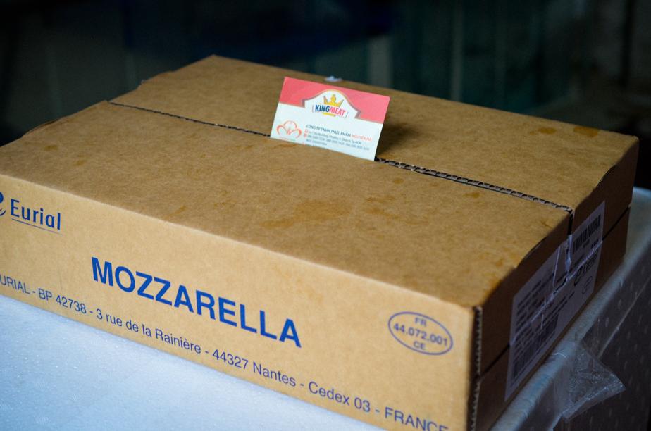 pho-mai-mozzarella-eurial--french-mozzarella-cheese--khoi-10-kg-03