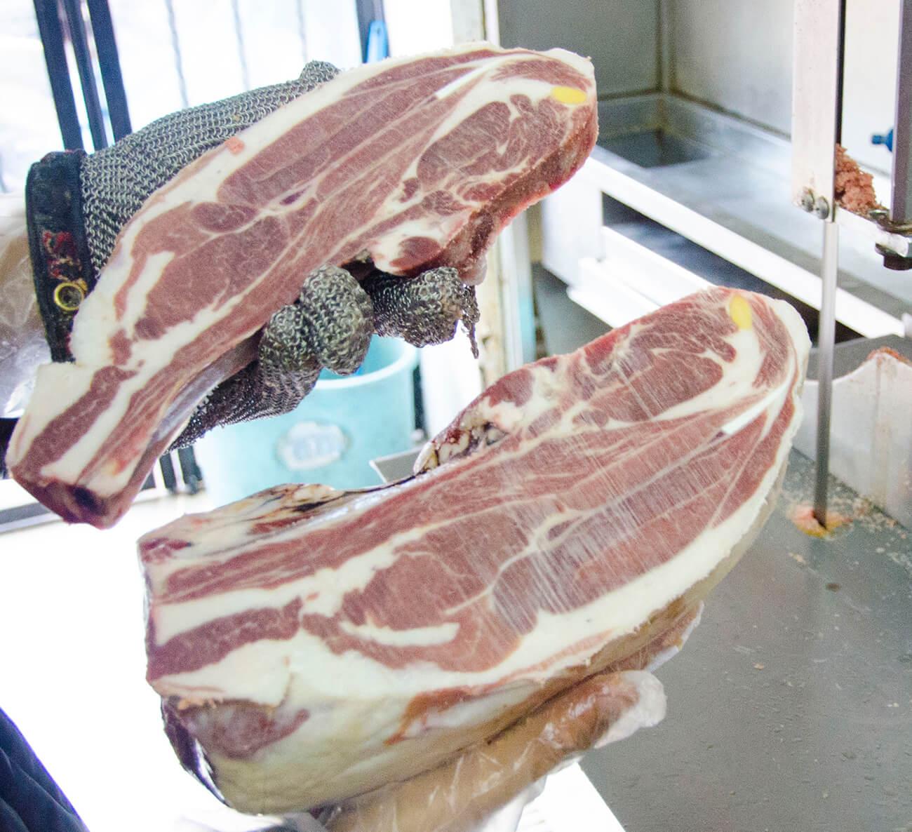 thịt vai cừu Úc có xương – lamb shoulder bone in
