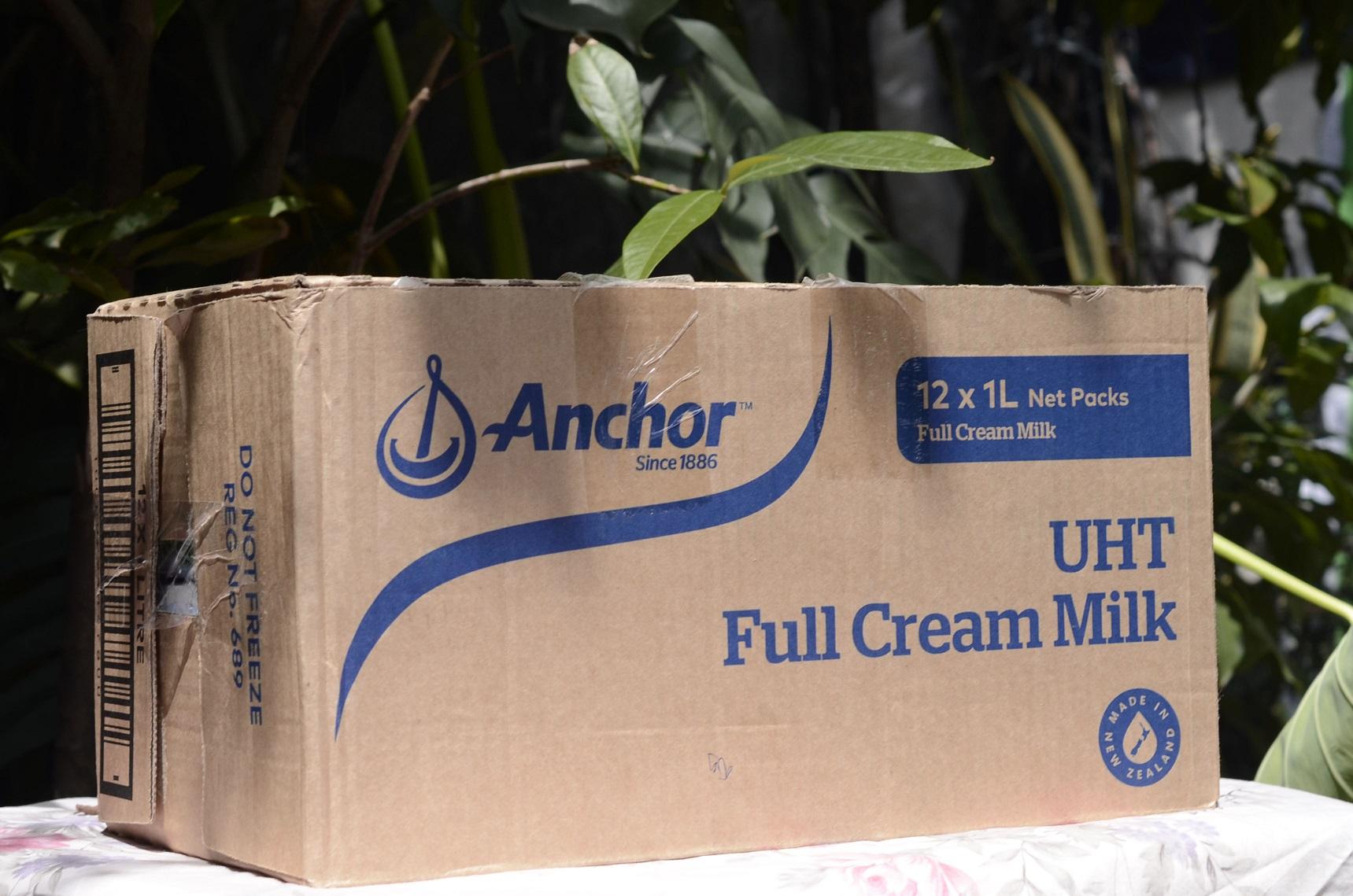 sua-tuoi-tiet-trung-nguyen-kem-anchor--anchor-uht-full-cream-fresh-milk-leche-entera--hop-1-l-02