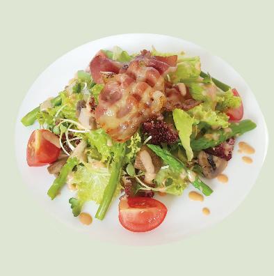Salad bacon với măng tây