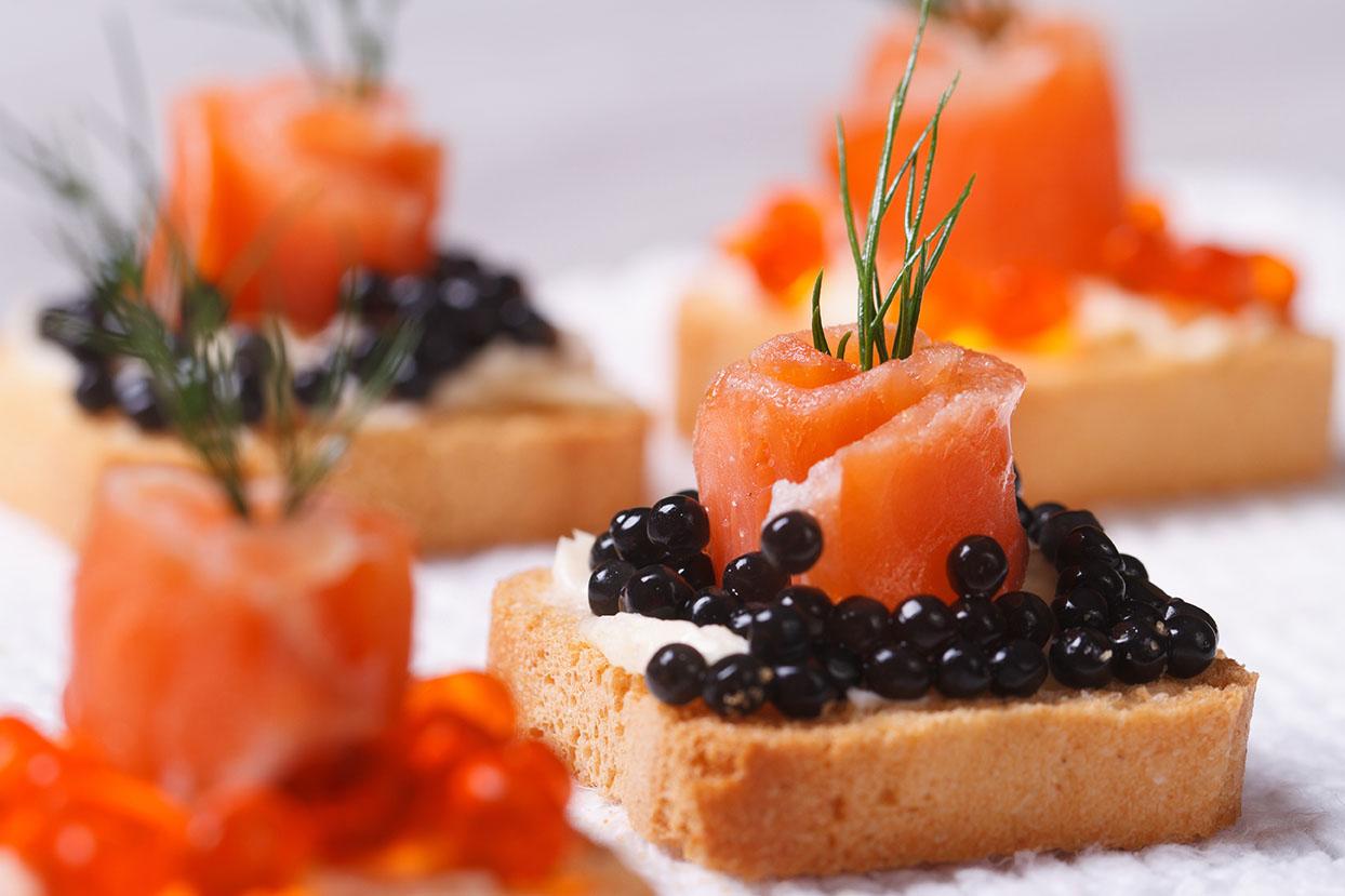 thit-ca-hoi-xong-khoi-smoked-salmon--goi-200gr-02