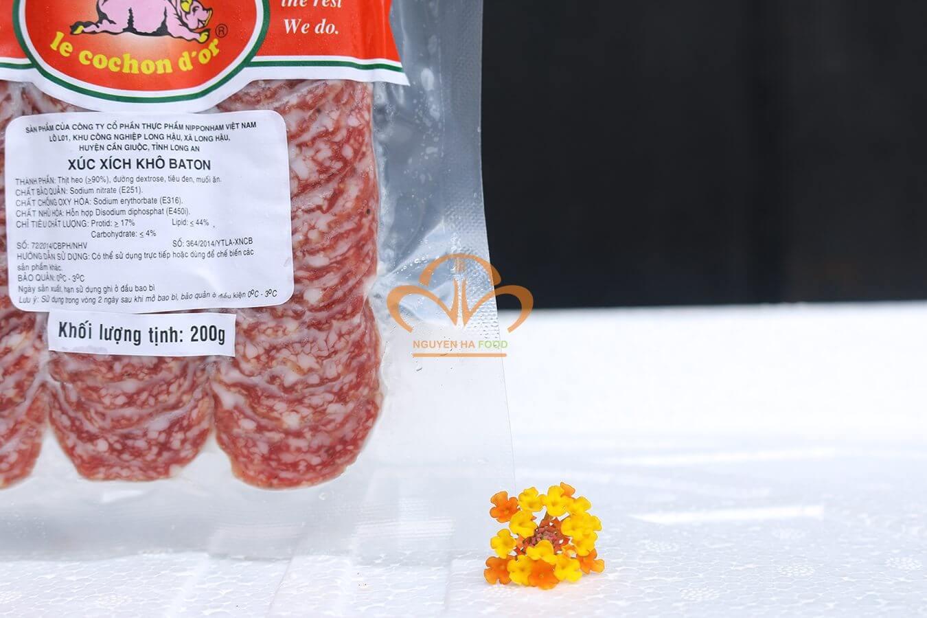 xuc-xich-kho-cat-lat-salami-baton-salami-stick-sliced-3